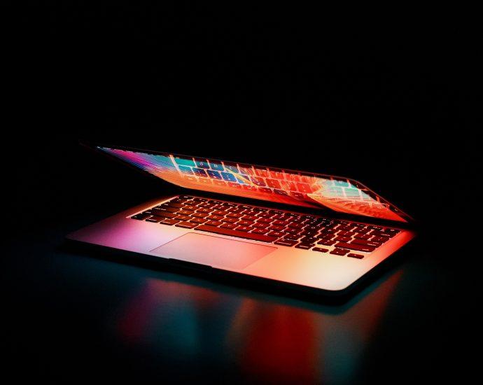 Een zakelijke laptop kies je voor iOS of Windows